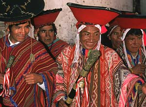 Elders in Pisac on market day