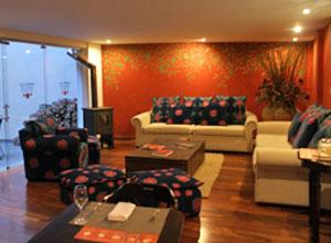 The lounge at La Casona de la Ronda in Lima