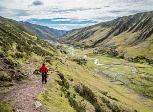 Trekking near Huacahuasi Lodge